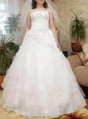 продаю новое свадебное платье.