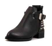 женские ботинки  новые из натуральной кожи черные на  38 размер